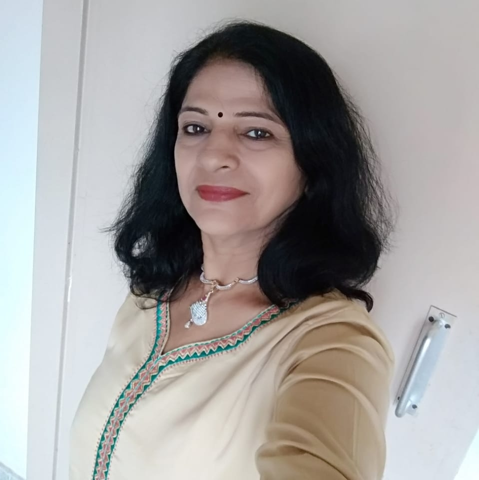 Meena Shahdadpuri  Photo